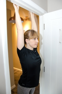 Physio - Hanging Lat Stretch